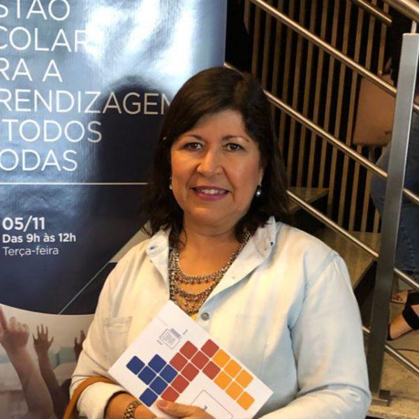Neuza Calheiros, secretária de Educação do município Barra de São Miguel, em Alagoas